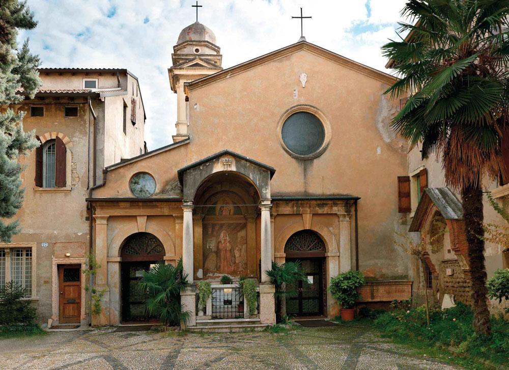 ZelEdizioni_chiesa-di-Santa-Toscana_10-11